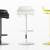 BCN Stool with height adjustment